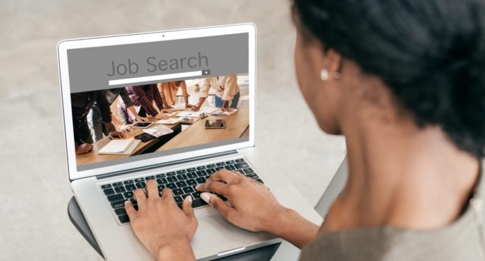 Best UK Jobs You Can Do Without Qualifications